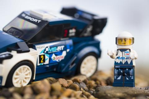 M-Sport Ford Fiesta WRC rallybil i lego-størrelse