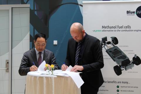 BlueWorldTechnologies_WuxiLead-Partnership-signing