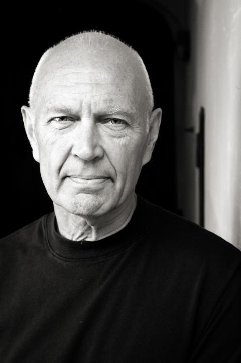 Författarfoto Pierre Schori