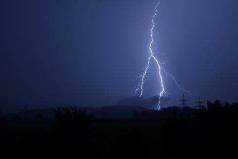 Unwetter sorgen für zahlreiche Stromausfälle in Bayern