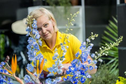 Hedersmedalj till svensk florist i WorldSkills