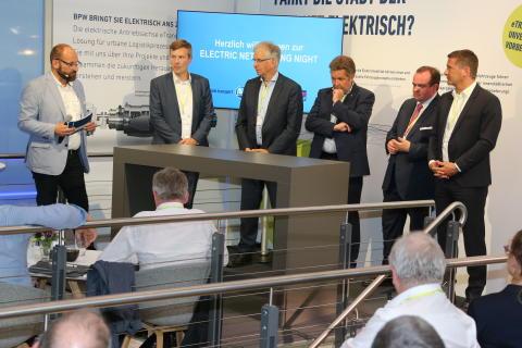 "•Erste ""Electric Networking Night"" zur Fachmesse transport logistic in München"