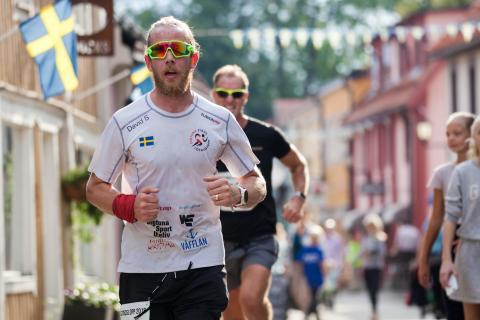 """Platschef uppmuntrar att """"Springa för Livet"""""""