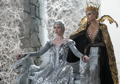 the-huntsman-winter'_5c827124d1701