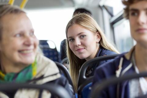 Trendbrott – kollektivtrafikresandet ökar mer än bilresandet i Örebro län