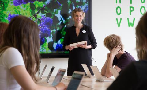 Ny bok ska guida skolan i digitaliseringsprocessen