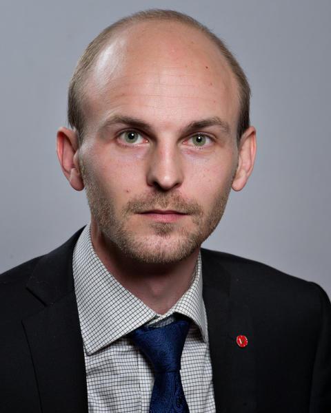 Jonas Hasselqvist (V)