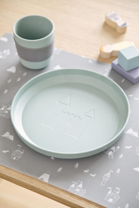Available_2.May2019_SostreneGrene_Tableware_Plate2