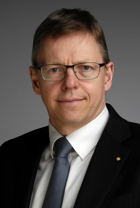 Dr. Andreas Reinhold, SIGNAL IDUNA