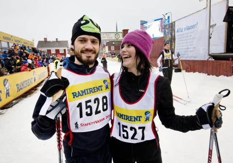 Prins Carl Philip och Sofia Hellqvist i StafettVasan 2014