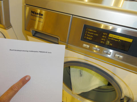Tvätthjälp i punktskrift underlättar för synskadade