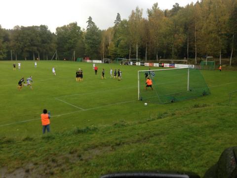 Publikrekord när Tollereds och Älvsborgs damer möttes i söndagens fotbollskamp.