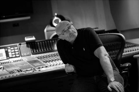 Phil Collins utgir to nye samlealbum