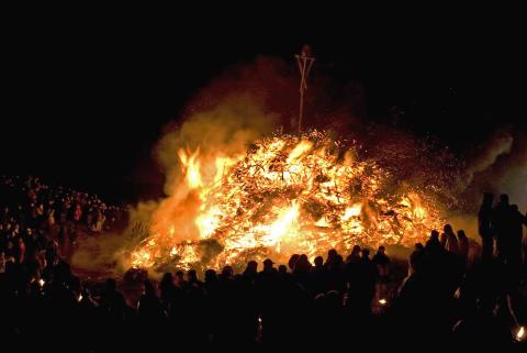 Feuer und Flamme für das Biikebrennen auf Sylt