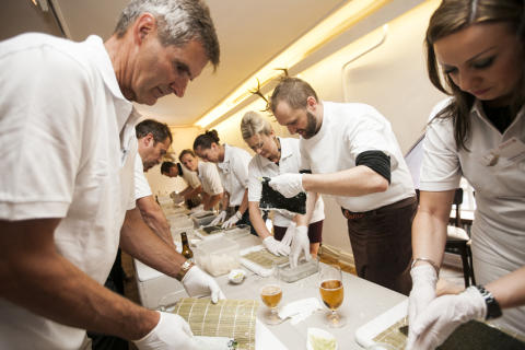 Apontas mit gelungenem Gastspiel in Hamburg: Unter Freunden bei der Apontas FISH&SHIP Lounge