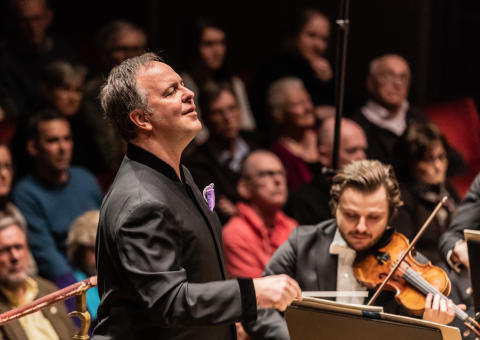 Kungliga Filharmonikerna Busonis grandiosa pianokonsert