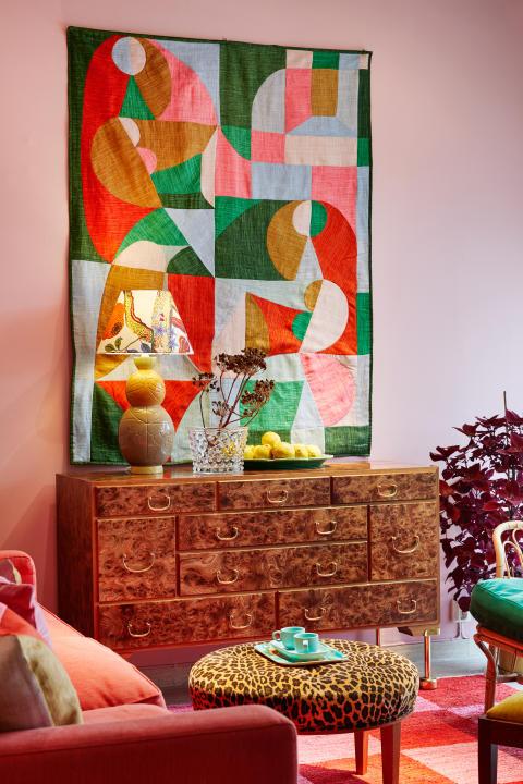 Interior picture from the exhibition Via Sallustiana at Svenskt Tenn