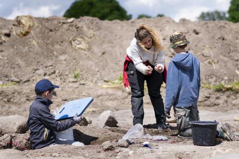 Arkæologiskole 6