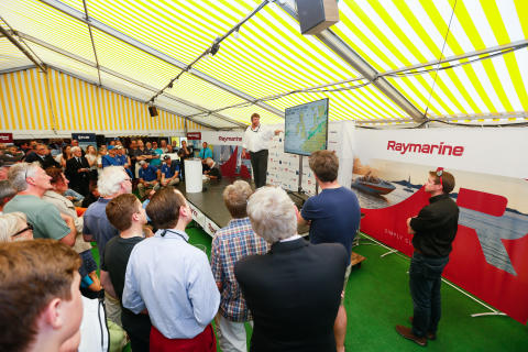 High res image - Raymarine - RTIR pre-race weather briefing with Simon Rowell(copyright Paul Wyeth)