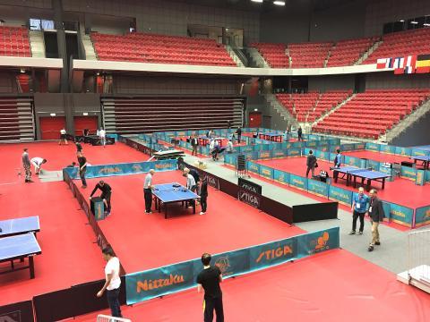 Dukningen av OS-spelplatsen i Halmstad Arena