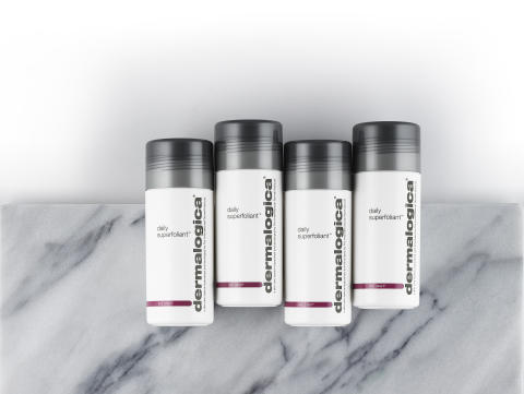 Daily Superfoliant Bottles on Marble 1