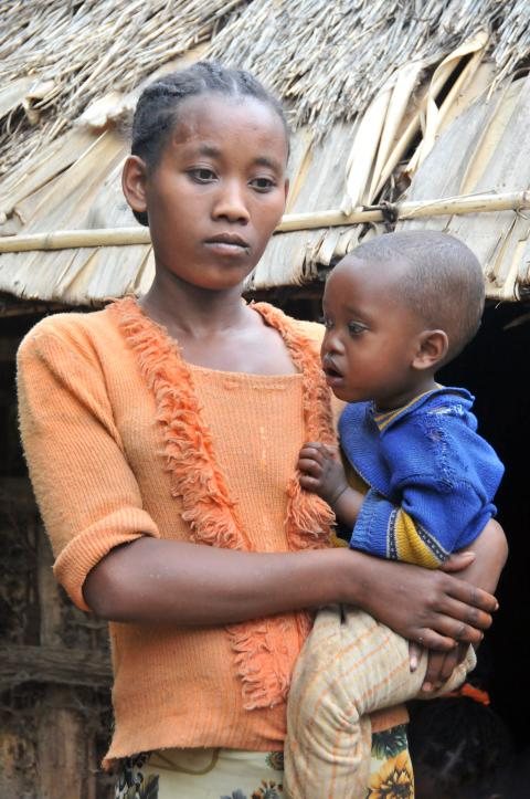 Tigist, 18 år, med son i Etiopien