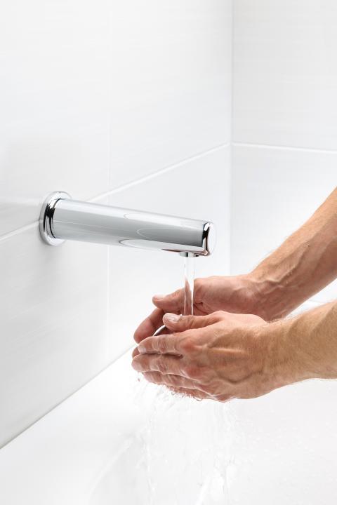 Nya Oras Electra 6188 och 6189 är tvättställsblandare för kallt eller förblandat vatten.