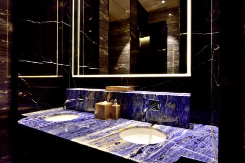 Branded products for innovative design hotel in Peking – Villeroy & Boch supplies sanitary products for toilets in the W Beijing Chang'an.