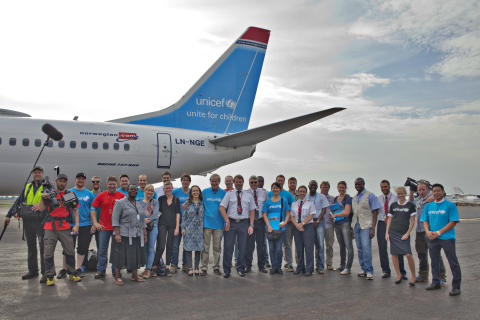 Norwegian flies a fully loaded aircraft with emergency aid to Africa