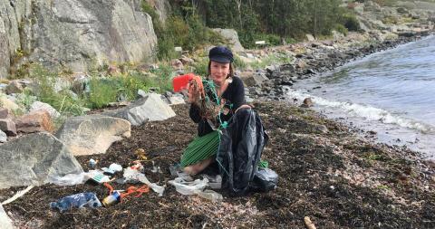 Avfallsfria Ada mönstrar på kampanjen mot plast i havet - Rescue the sea