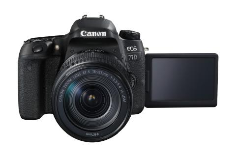 EOS 77D FRA with EF-S 18-135 IS USM LCD Out