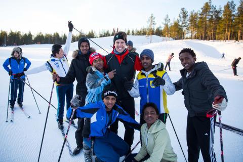 Euro Accident sponsrar Skidhjälpen - Längdskidåkning som förenar och sprider glädje