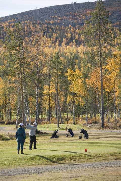 Golfing in Levi