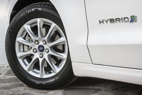 Nye Ford Mondeo Hybrid