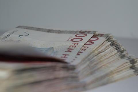 Sparar miljoner åt hyresgästerna