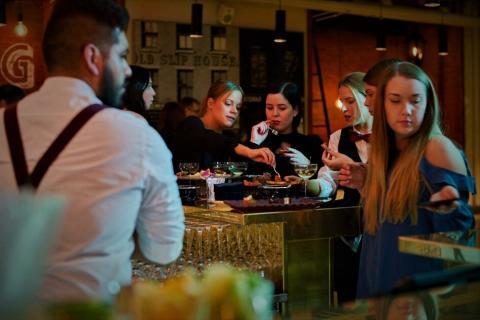 Mingel Back Alley bar