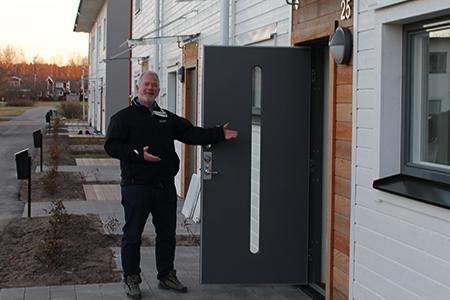 Hyresgäster flyttar in i radhus på Triangelbacken i Västerås