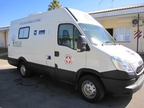Den mobila vårdcentralen hos Stellar Winery som möjliggör gratis sjukvård för vingårdsarbetarna och deras familjer.