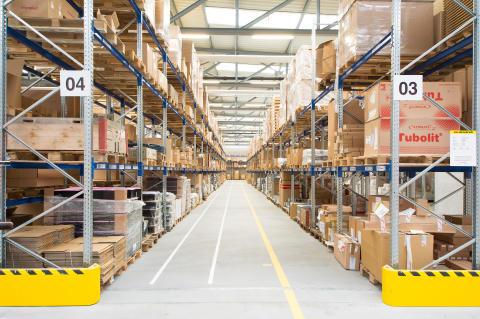 Udover lagerautomater bestod SSI Schäfers leverance af gren-, hylde- og pallereoler.