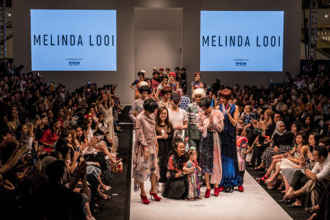 Press Release: Iconic Malaysian Designer Melinda Looi Showcases Epson Digital Textile Printing For KL Fashion Week 2017