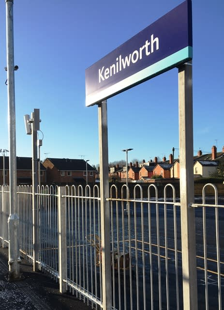 Kenilworth platform sign