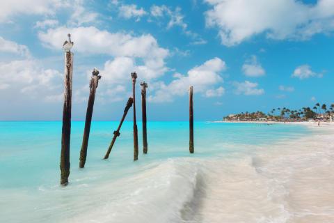 KLM tar kärleken till Aruba