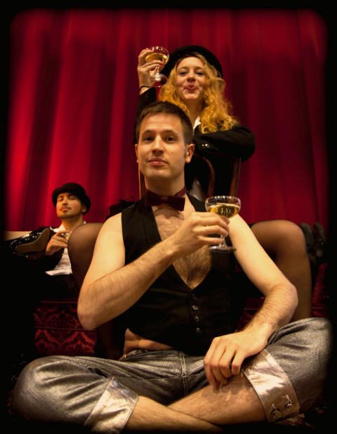 Carnevalesque - bild 2