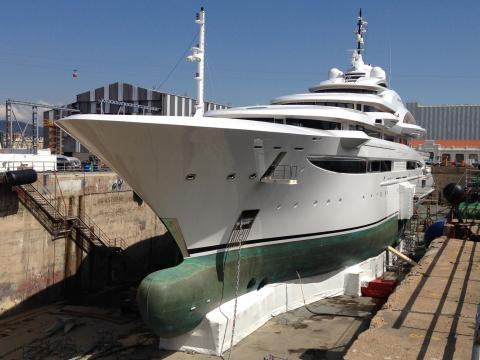 "Hi-res image - Coppercoat - Coppercoat-Superyacht, mega-yacht ""Maryah"""