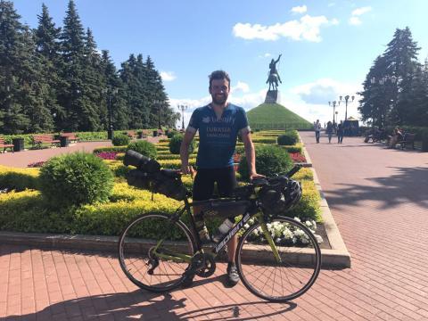 German cycling enthusiast Jonas Deichmann breaks European cycle record by over 4 days