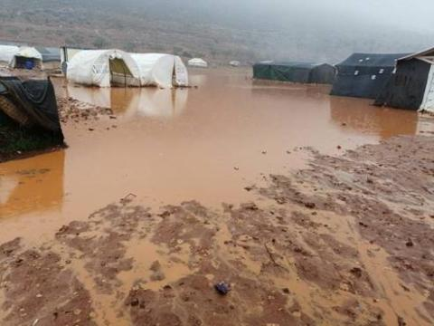 Northern Syria flooding: thousands of children at risk of further displacement