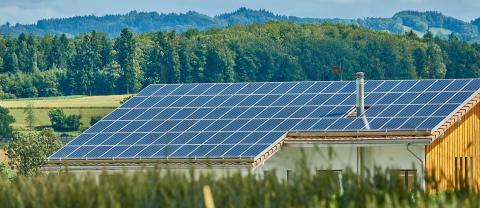Pressinbjudan - Solenergi-tour - Hur blir man sin egen energileverantör?