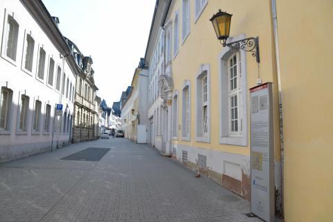 Drei Gebäude erzählen Universitätsgeschichte