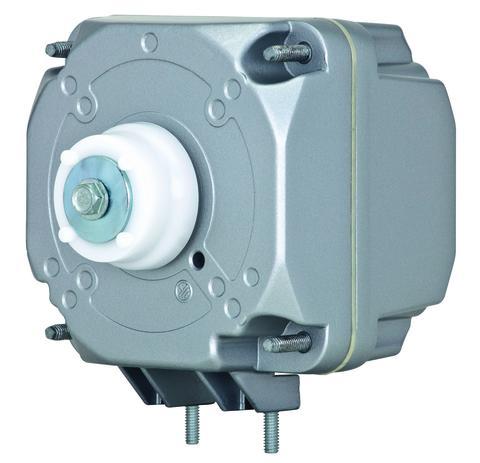 Med en iQ2-motor från ebm-papst minskar energiförbrukningen i kyldiskar. Visas på mässan Chillventa 9-11 oktober.