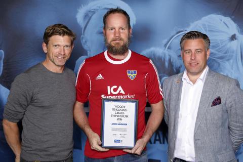 Johan Johnsson, Munka-Ljungby IF, tilldelas  Woody Ungdomsledarstipendiet 2016